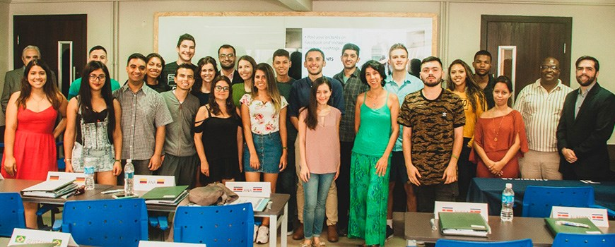 Strategy and Marketing for Emerging Countries + Survival Portuguese